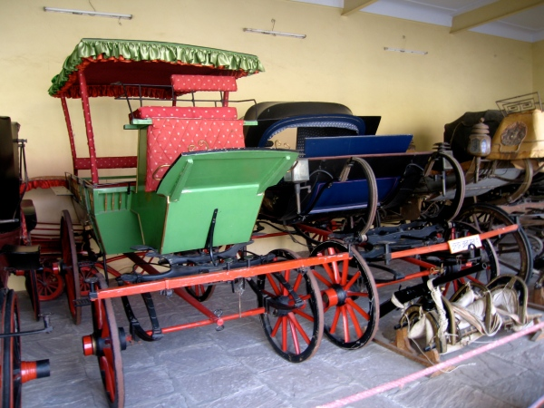 CARRIAGES AT THE CITY PALACE MUSEUM
