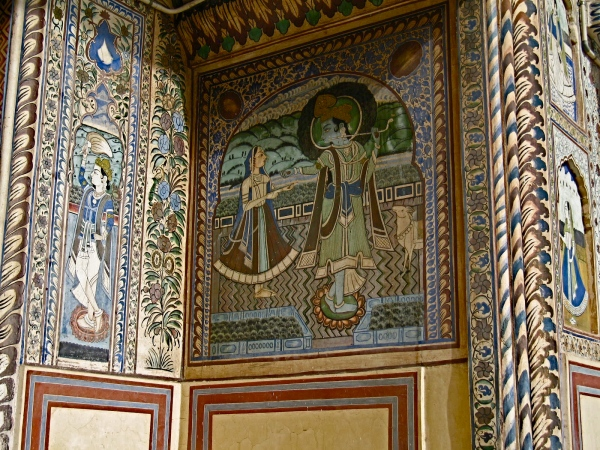 PALACE SCENES