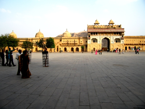 AMBER FORT COURTYARD