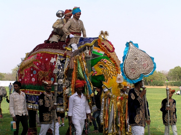 DECORATION OF THE ELEPHANT TO IT'S EXTREME