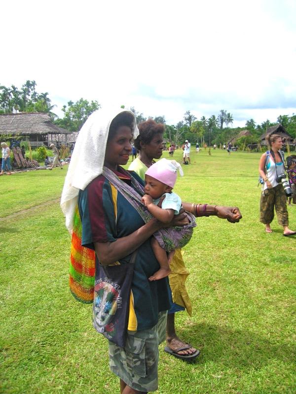 WATAM VILLAGE MOTHER AND CHILD
