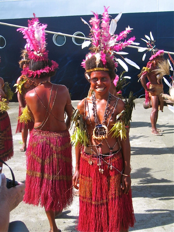 FEMALE DANCERS