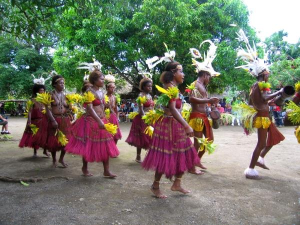 FEMALE BILBIL DANCERS