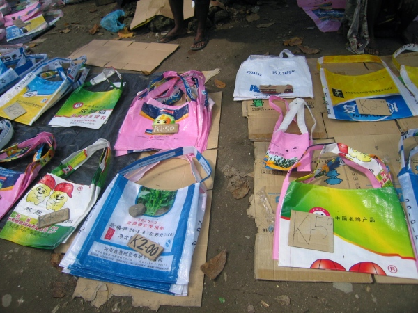 COLORFUL PLASTIC SHOPPING BAGS ARE AVAILABLE FOR SALE