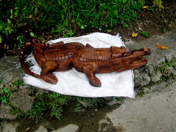 AN INTRICATELY CARVED CROCODILE FOR SALE NEAR THE MADANG COUNTRY CLUB