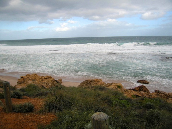 THE RAGING SURF AT KALBARRI WHERE THE ZUYTDORF WENT AGROUND