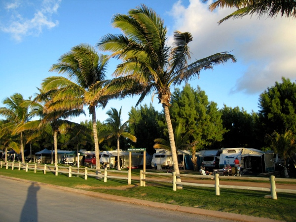 PEOPLES PARK CARAVAN VILLAGE - CORAL BAY