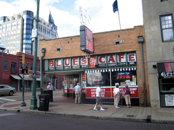 THE BLUES CITY CAFE ON BEALE STREET  AS SEEN DURING THE DAY