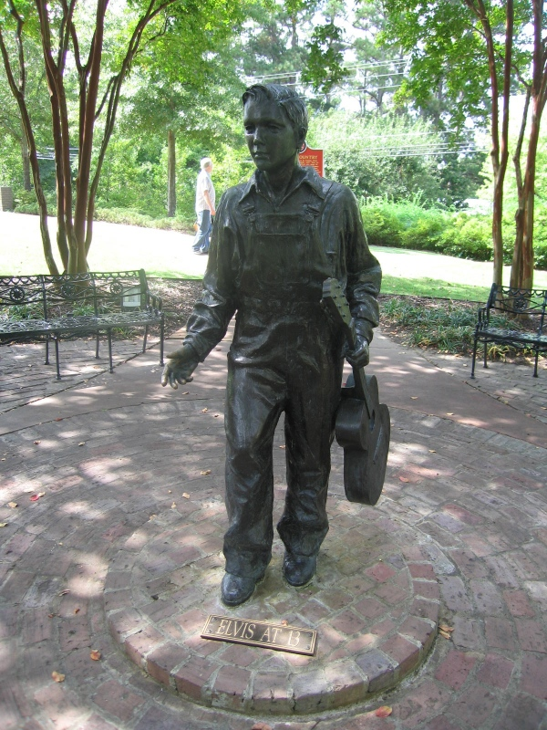 STATUE OF ELVIS AT AGE 13