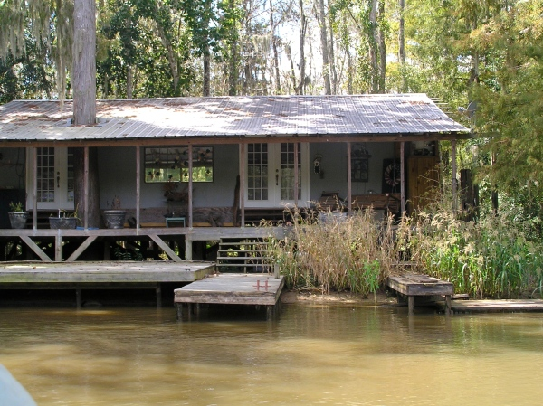 HOUSES ALONG THE HONEY ISLAND SWAMP