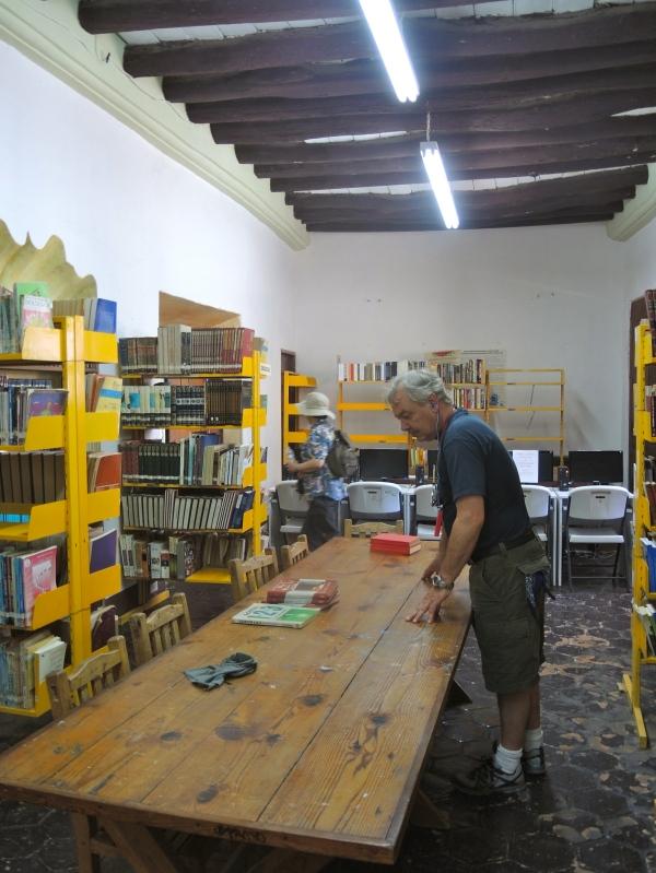 Dr. Alfonso Ortiz Tirado Library in Alamos, Sonora