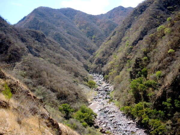 CHEPE TRAVELS OVER THE CANYONS