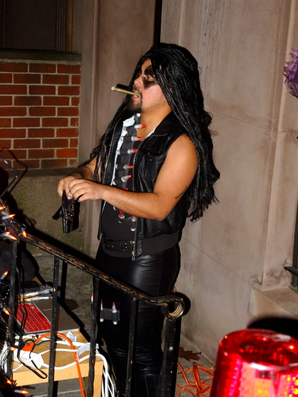 HALLOWEEN OUTDOOR DJ ON 69TH STREET