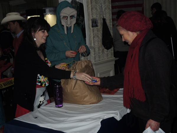 KATERI NURSING HOME WELCOMED HALLOWEEN TRICK OR TREATERS