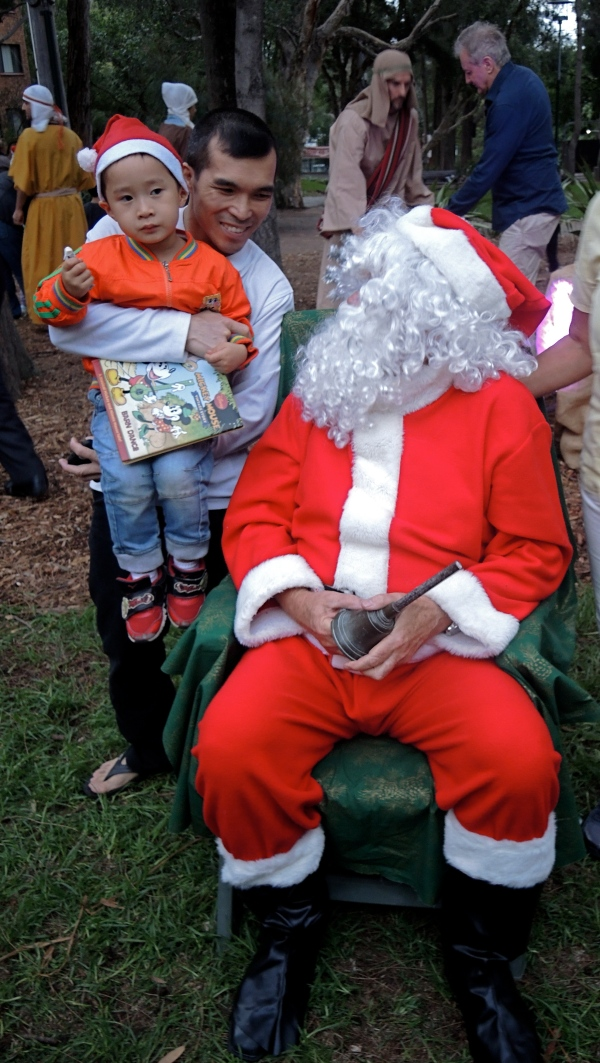 MUSTARD SEED UNITING CHURCH ULTIMO SANTA CLAUS DECEMBER 12  2014