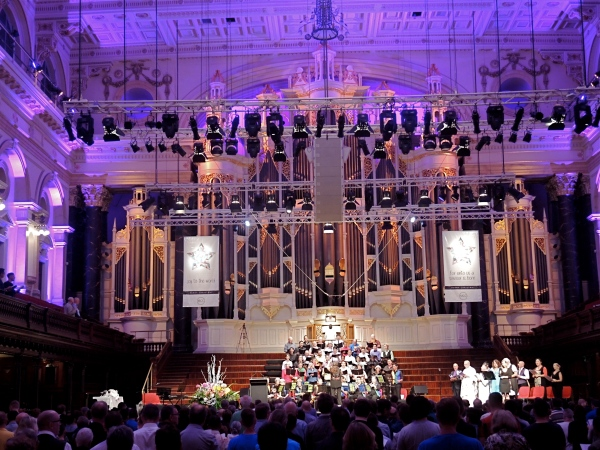 SYDNEY TOWN HALL  -  A pageant of music and readings in the glorious splendour of the Sydney Town Hall.
