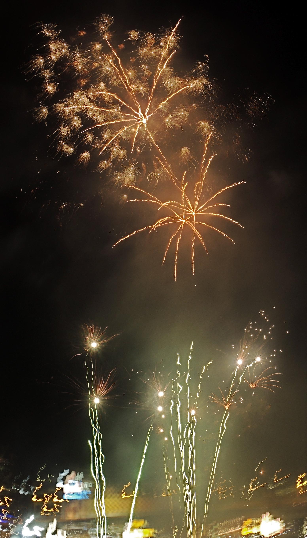 SYDNEY FIREWORKS NEW YEARS EVE 2014 (PHOTOS) | LEONARD