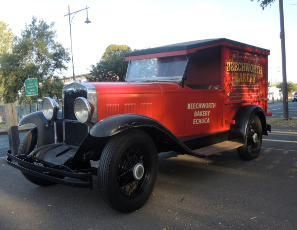 BEECHWOOD BAKERY   -   old-fashioned bread truck: