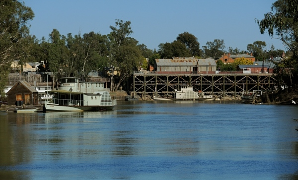 THE ECHUCA - MOAMA ROAD RAIL BRIDGE   -   Echuca is connected over the Murray River to Moama by the Echuca-Moama Road Rail Bridge. This historically significant bridge has riveted iron spans supported on cast iron pillars.