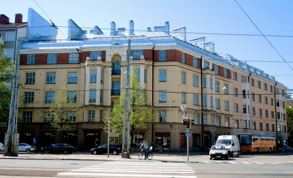 HELSINKI APARTMENT BUILDING