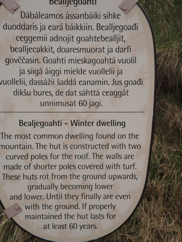 SIGN ABOUT THE SAMPI DWELLINGS
