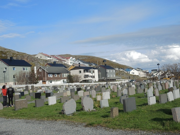 HONNINGSVAG CHURCH CEMETARY