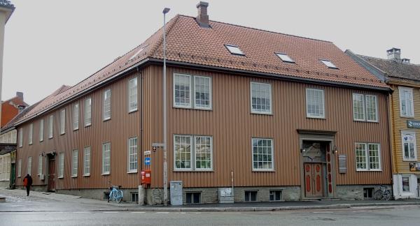TRONDHEIM - OLD WOODEN BUILDING